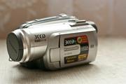 Трёх матричная видеокамера Panasonic-320