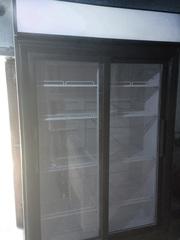 Холодильные шкафы витрины б.у под напитки,  недорого. Есть выбор!